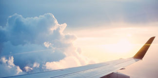 Jak korzystać z wyszukiwarki lotów aby upolować tanie loty?